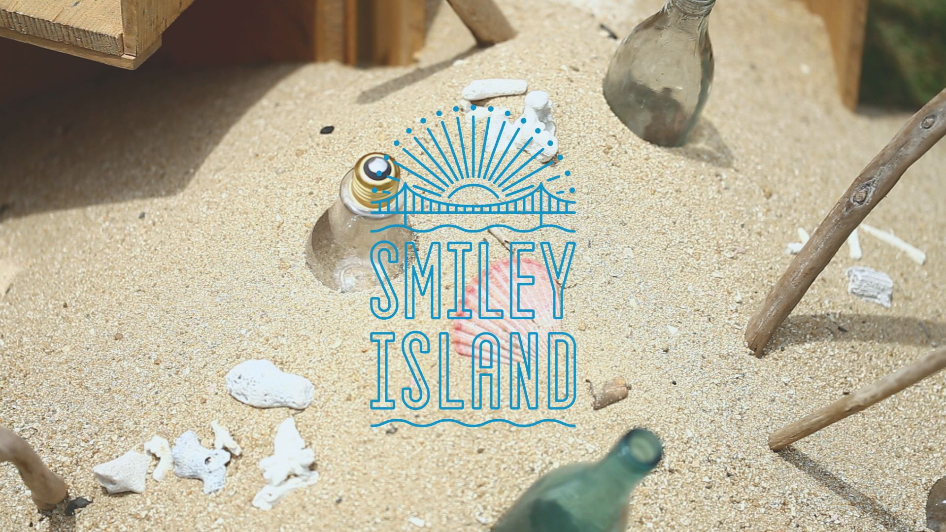 35mmWEDDING  – SMILEY ISLAND –